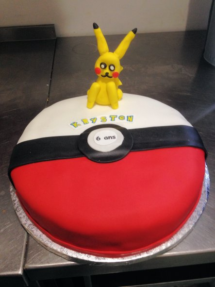Gateau Pokeball