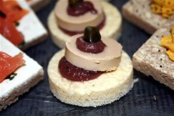 Canapés foie gras chutney de figues